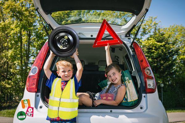 Wat moet je verplicht bij hebben in je auto?